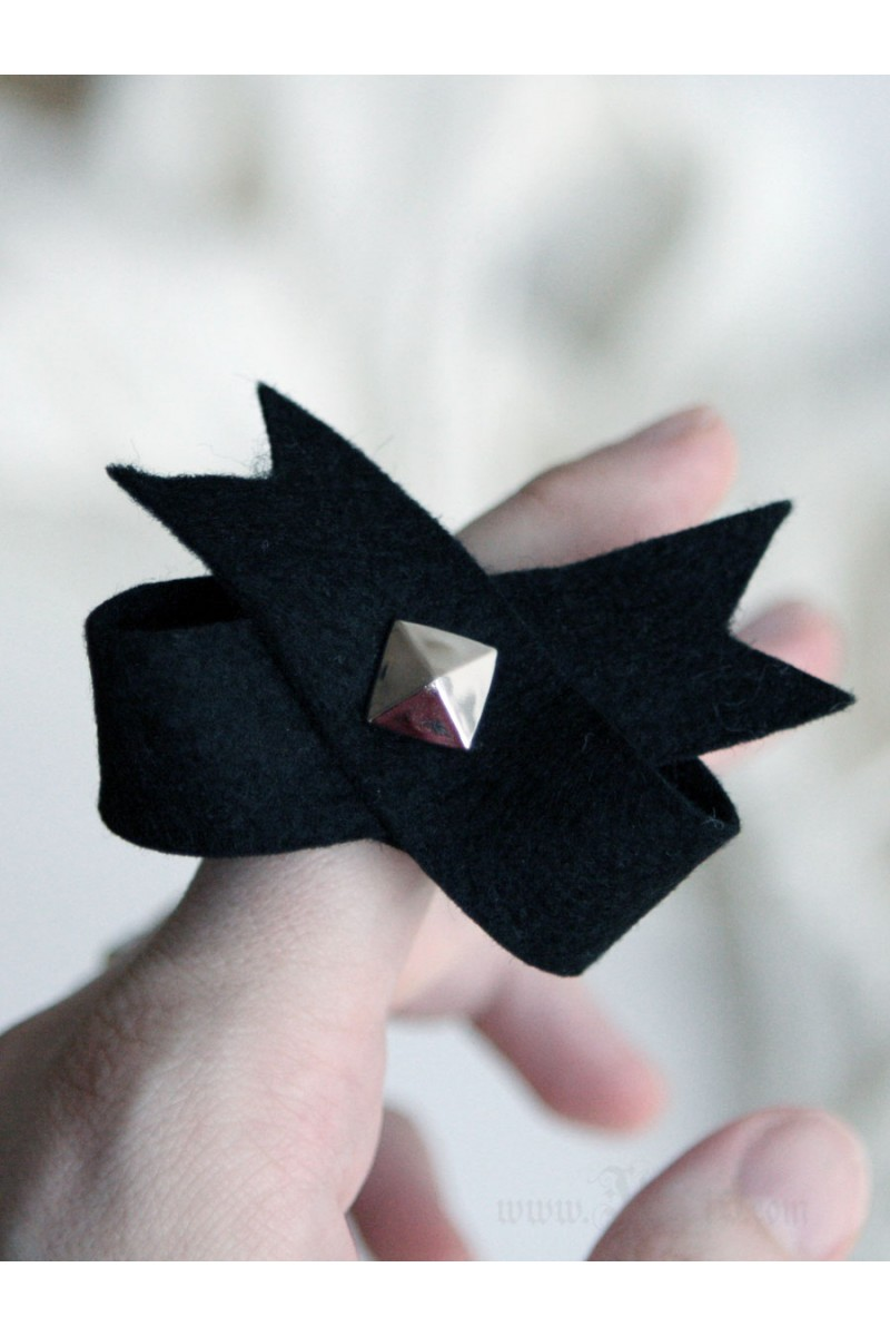 Black Bow Felt Ring Pyramid Stud Statement Romantic Ring
