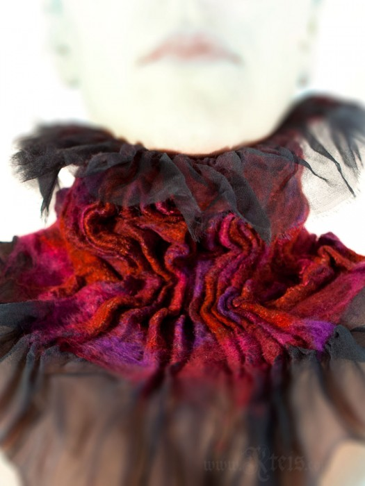 Victorian Collar - Ruffled Neckwarmer