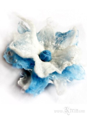 Baby blue wool flower brooch - felt flower